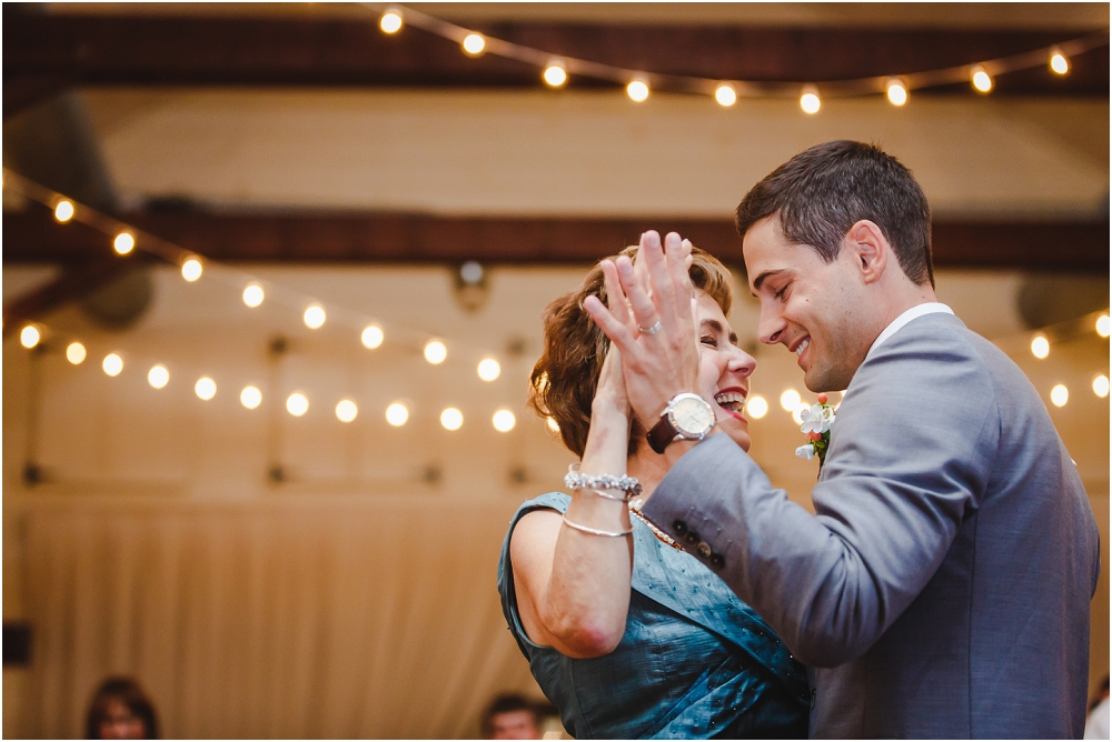 Pippin Hill Farm and Vineyard Wedding Charlottesville Wedding Richmond Virginia Wedding Photographer Virginia Wedding_0205
