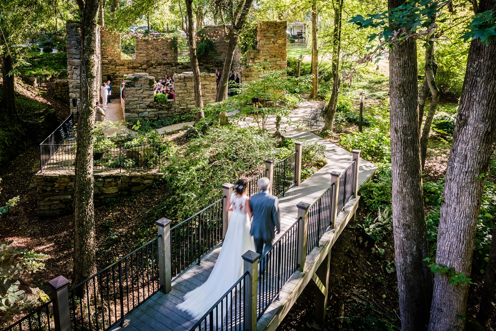 Christin And Erik S The Mill At Fine Creek Wedding